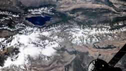 Озеро Иссык-Куль, Киргизи...