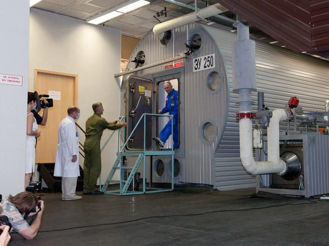 14 июля 2009. Окончание эксперимента 105-суточной изоляции.