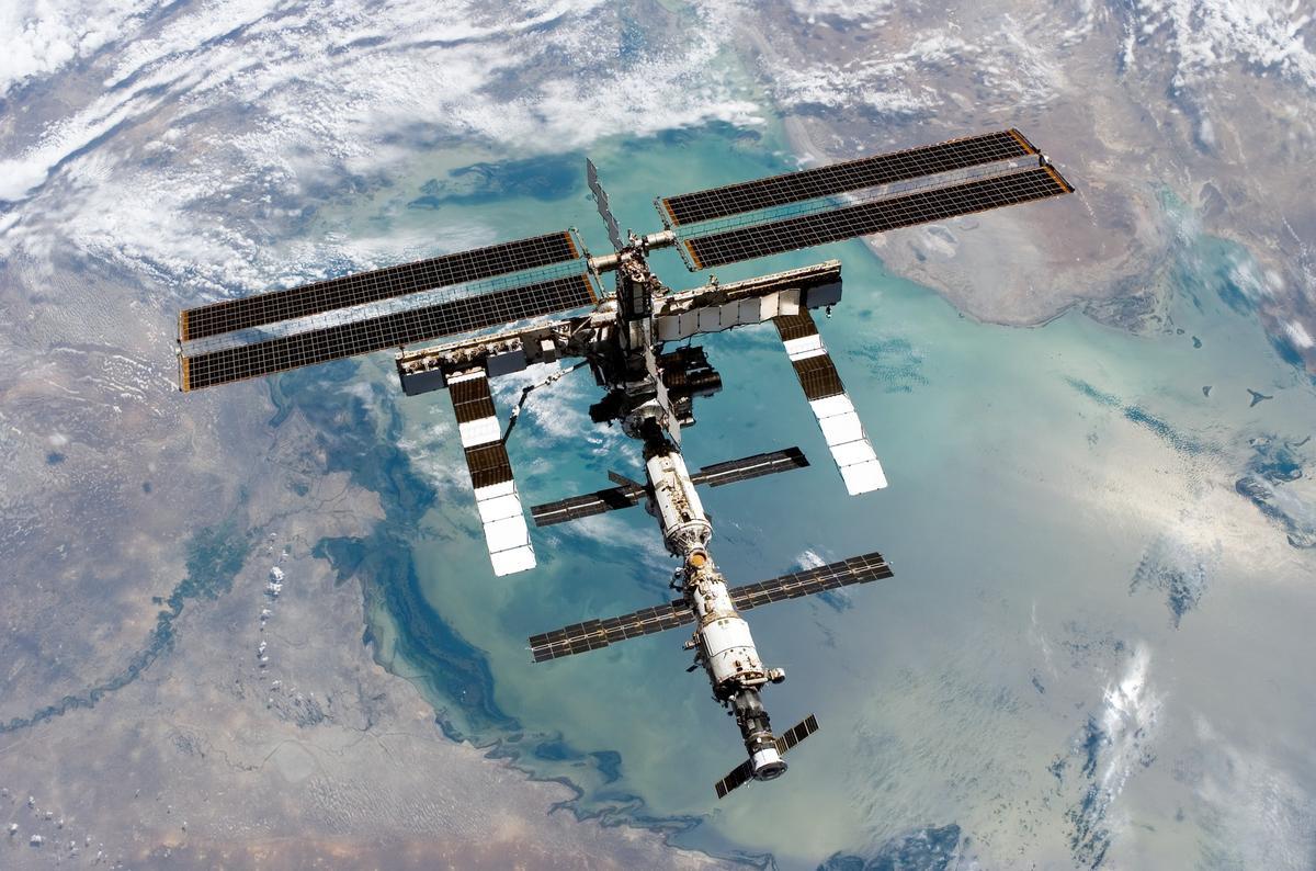 Международная Космическая Станция 2005 г.