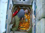 Открытие люка SpaceX Dragon CRS-3 (видео)