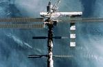 МКС совершила маневр для уклонения от обломков старой ракеты