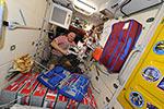 Продолжается подготовка к выходу в космос