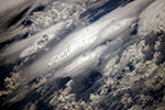 Облака над Тихим Океаном