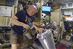 Работа на МКС. Проверка воды после сепарации