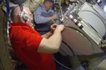Подготовка оборудования к выходу в космос