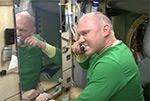 Как чистят зубы на МКС